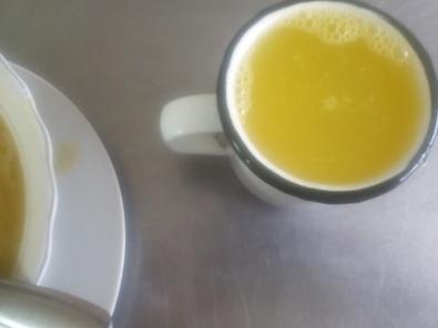 Una taza llevo casi siempre u aquí remplazo un vaso de plástico